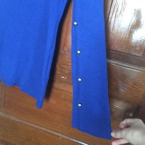 Relativity Sweaters - Relativity flair sleeve sweater size medium